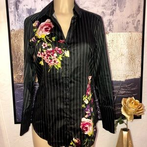 New York & Company Stripe Floral Shirt Size Medium